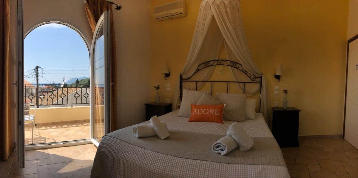 Corfu Trail km 78 Etappe 5 Übernachtung in Agios Gordios Sebastians Family Hotel Zimmer mit Ausblick