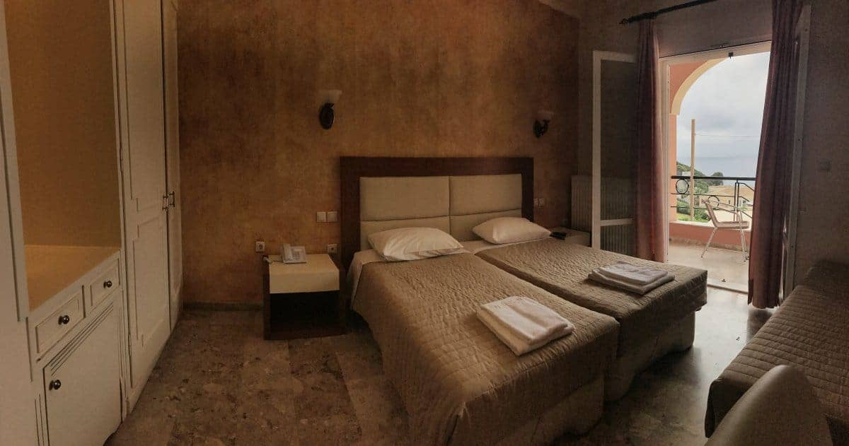 Corfu Trail km 96 Etappe 6 Übernachtung in Ermones Hotel