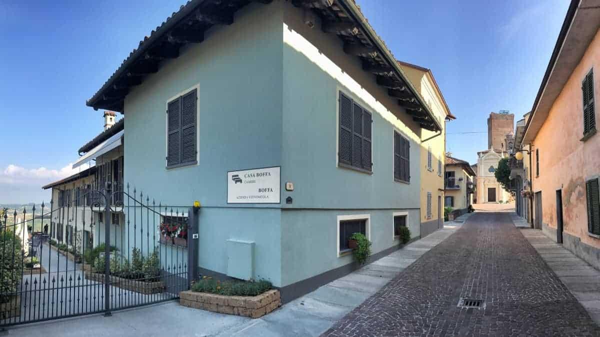 Fernwanderung Piemont von Weingut zu Weingut Unterkunft Barbaresco 1