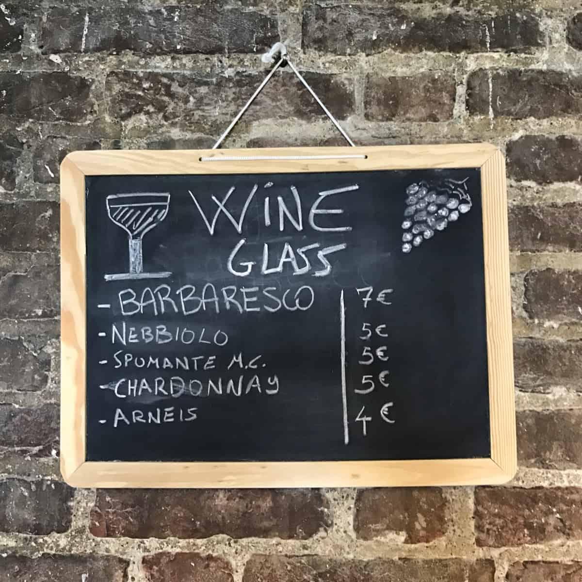 Fernwanderung Piemont von Weingut zu Weingut Unterkunft Barbaresco 5