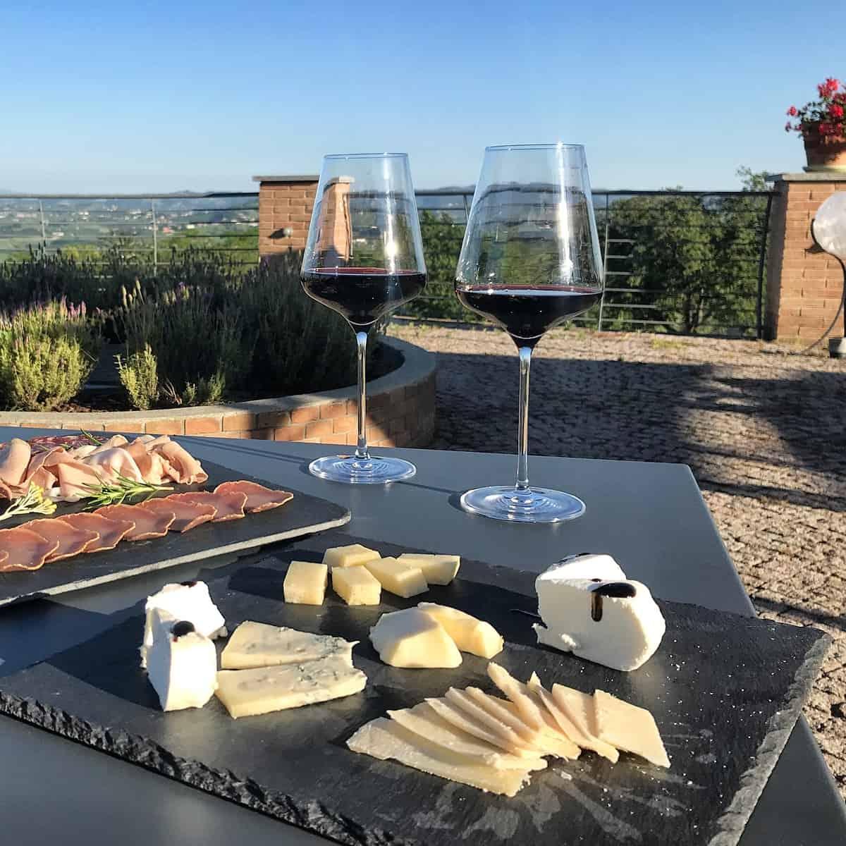 Rotwein Piemont